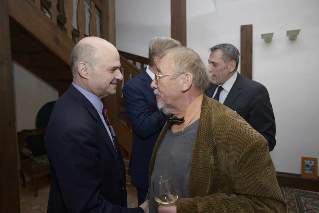 Vladimír Laštůvka and Marc S. Ellengbogen, President of the Prague Society, at the Society's Holiday Cheer in 2017